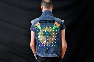LED Jacket Marc back total