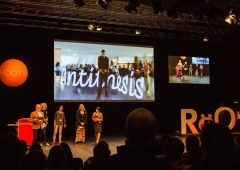 trafo-pop_trafo-LED-light-painting-stick_typo-conference-berlin-2014-01