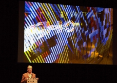 trafo-pop_trafo-LED-light-painting-stick_typo-conference-berlin-2014-02